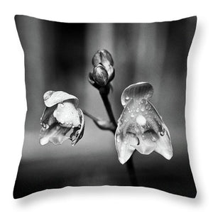 Ground Orchid - Throw Pillow (black & white)