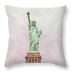 Statue of Liberty #1 - Throw Pillow