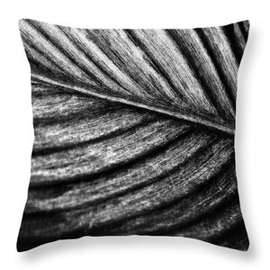 Tropical Leaf #1 - Throw Pillow (black & white)