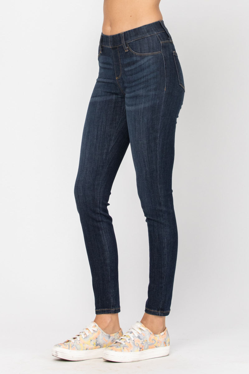 Judy Blue Pull-On Jeggings