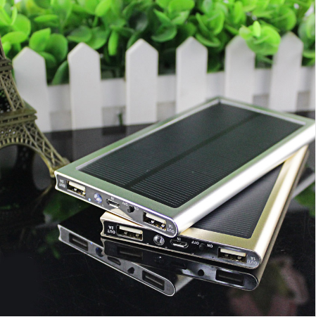 External Battery Pack Dual USB Charger Ultra-Thin Solar Power Bank for iOs and Android