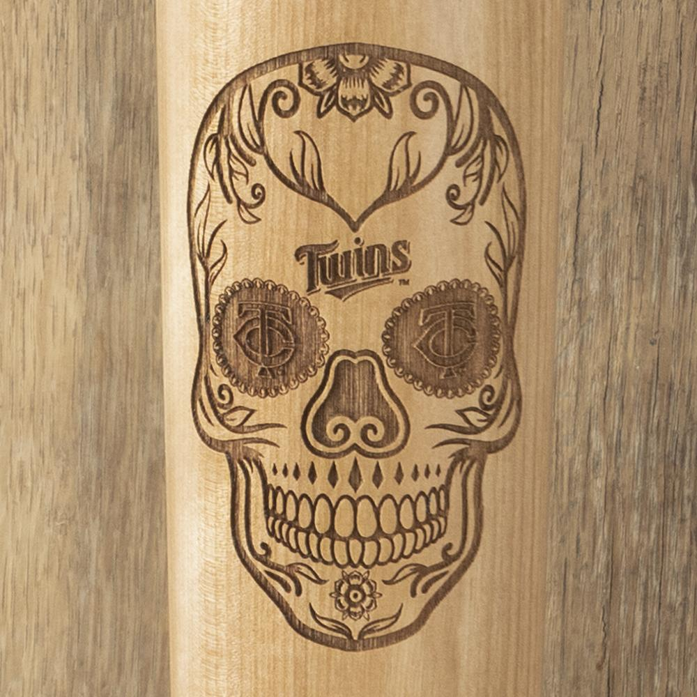 Minnesota Twins Sugar Skull Baseball Bat Mug Details