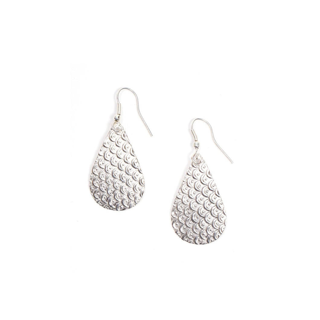 Art Deco Scallop Earrings - Silver