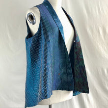 Load image into Gallery viewer, Sleeveless Silk Vest
