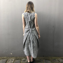 Load image into Gallery viewer, Spotty Tie Dress