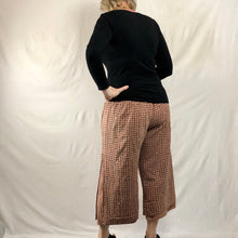 Load image into Gallery viewer, Dotty Layered Pants - Catechu