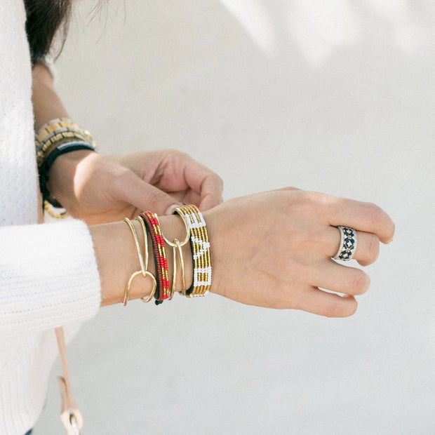 Crimson and Gold Striped Skinny Mstari Bracelet
