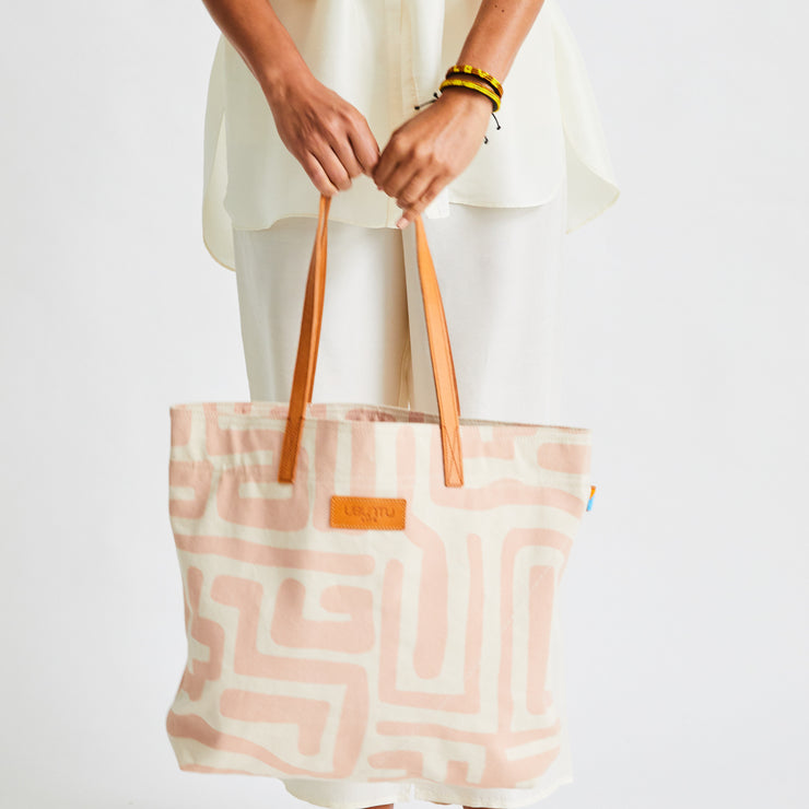 Go-To Tote in Dusty Rose & Eggshell