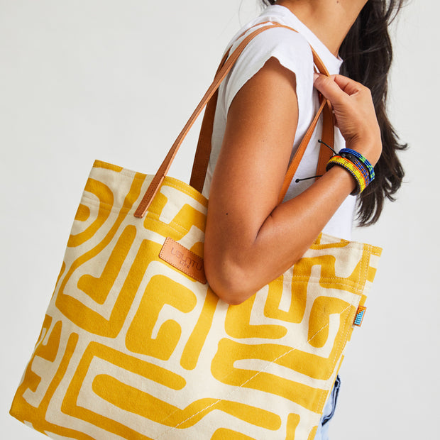 Go-To Tote in Mustard & Eggshell