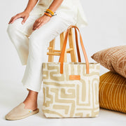 Go-To Tote in Sand & Eggshell