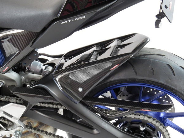 Yamaha MT-09 & FJ-09 13-2016 Rear Hugger by Powerbronze Carbon Look & Silver Mesh