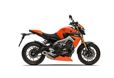Yamaha MT09 & FZ09 13-2016 GRP  Belly Pan Spoiler Orange Finish Pyramid