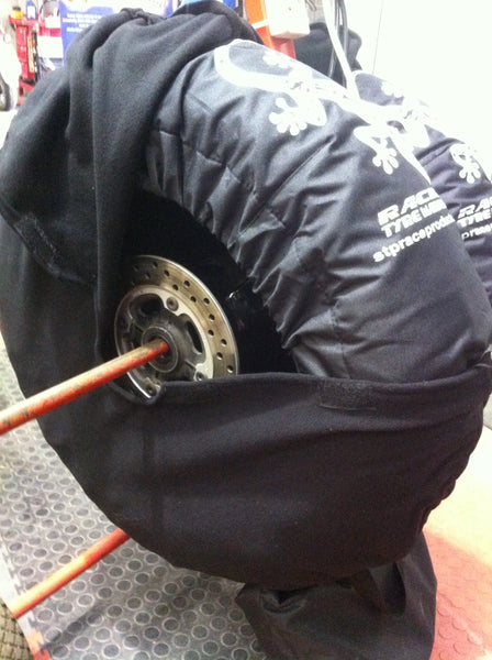 Sticky tyre over blankets