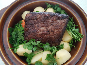 Easy dinners. Pot roast recipes. Slow cooking recipes. Crockpot recipes