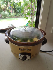 Vintage slow cooker. Slow cooker recipes.