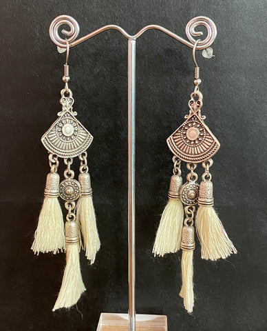 Isle & Tribe - Antique Silver Sahana Tassel Earrings - Ivory