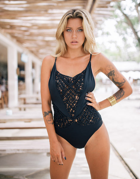 ELLA FLORES ONE PIECE BLACK