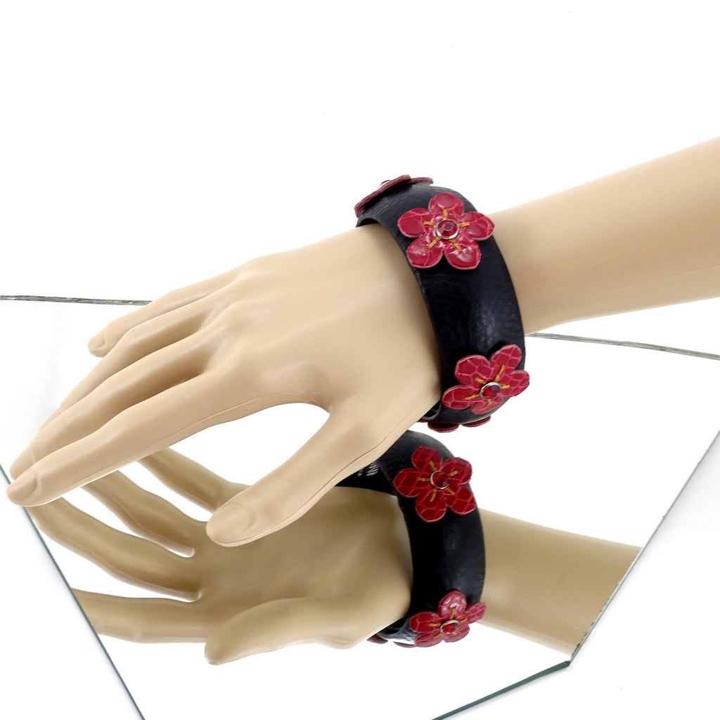 Kim   Bangle round large leather jewellery black leather red flowers