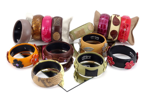 Kim   Bangle round large leather jewellery Group photo