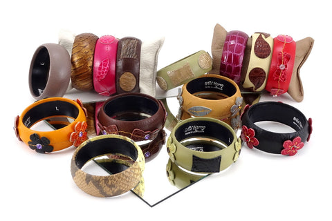 Robin  Wrist straps Leather jewellery
