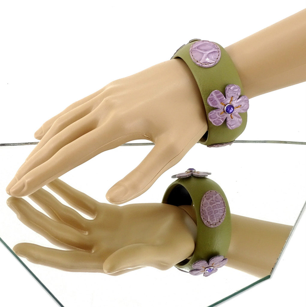 Kim   Bangle round medium leather jewellery green with purple flowers