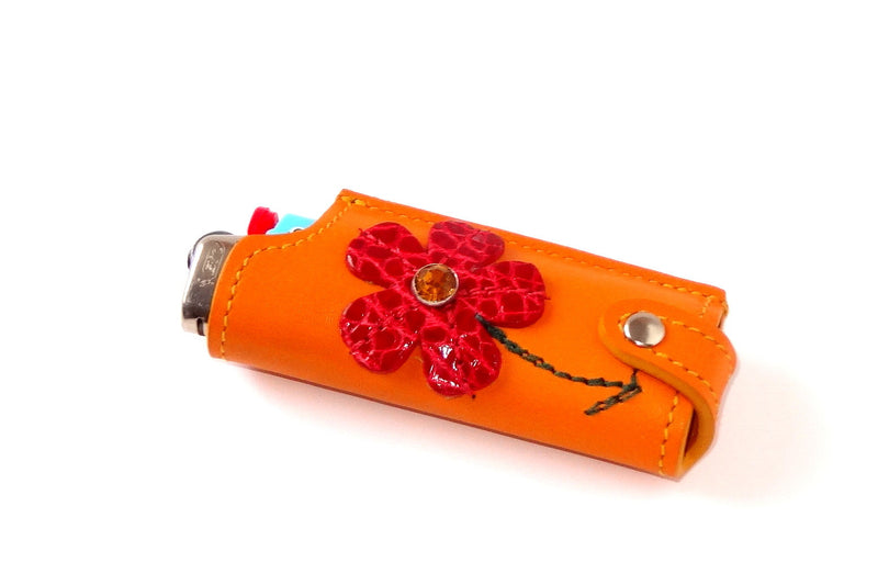 Lighter cover Decorated leather flowers, leaves & butterflies