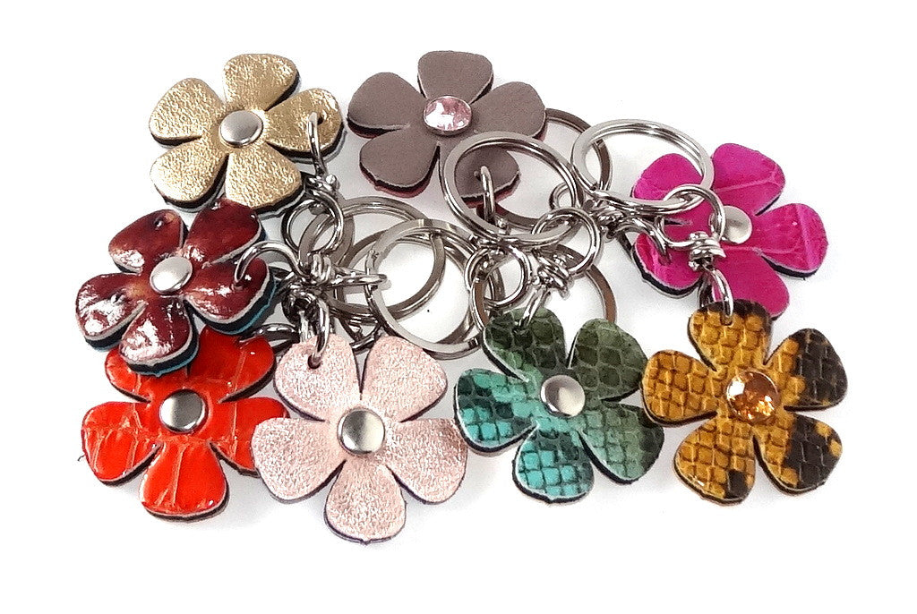 Key tags  Leather flowers group photo