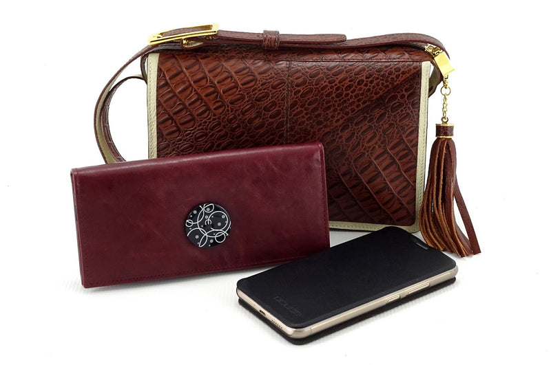 Riley Cross body bag cream with brown corocodile printed leather with Caitlin purse & smart phone