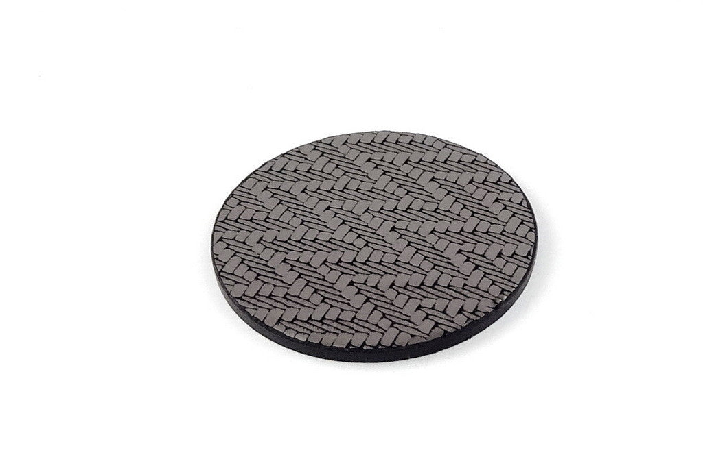 Coaster - Round leather silver zig zag