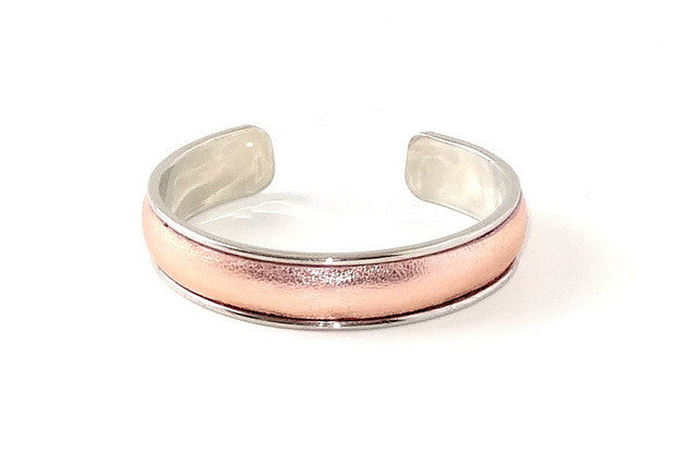 one open ended bangle metal jewellery