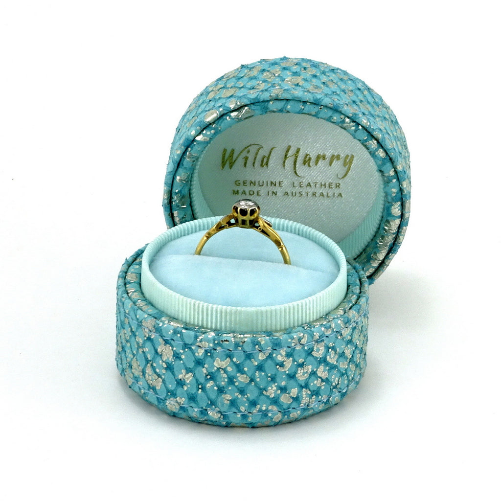 Ring Box round  Mermain blue metallic textured leather