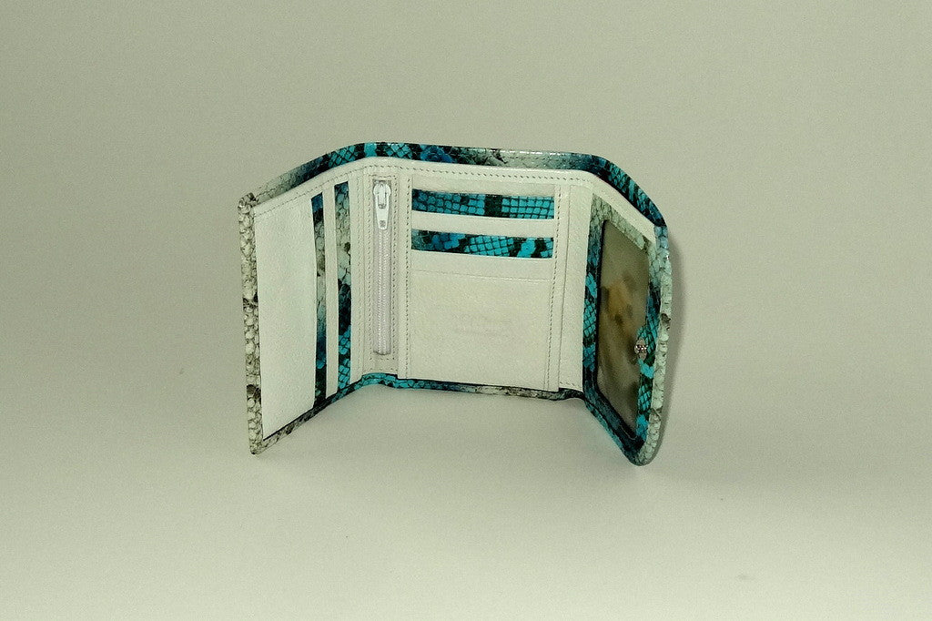 Dorothy  Trifold purse - Blue snake print leather ladies wallet inside view