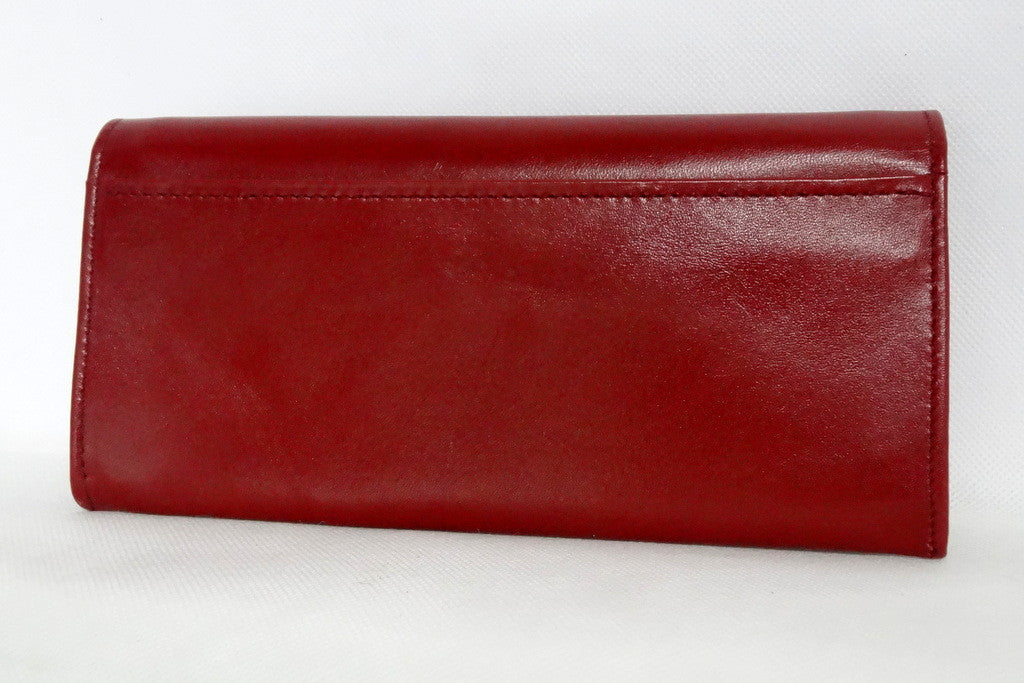 Caitlin  Chilli leather with flower detail ladies purse back pocket view