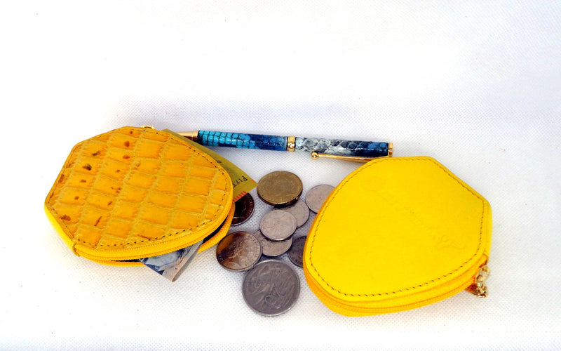 Coin Purse - Snappy leather with zip yellow foil print