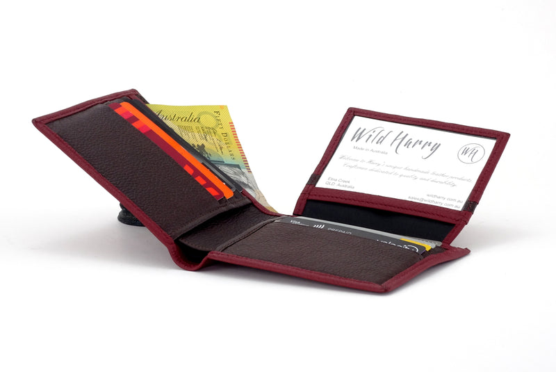Martin  Chilli leather men's wallet with brown showing picture window