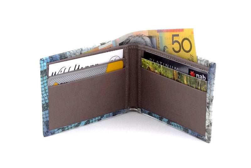 Blue snake printed leather small men's wallet open inside pocket layout