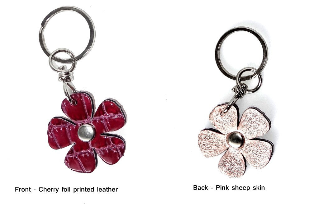 Key tags  Leather flowers