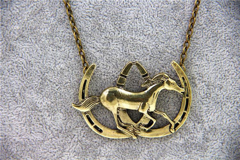 Vintage Double Horse Shoe Necklace Pendant - HorsinRound - 1