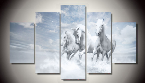 3 Majestic White Horses - Season Finds