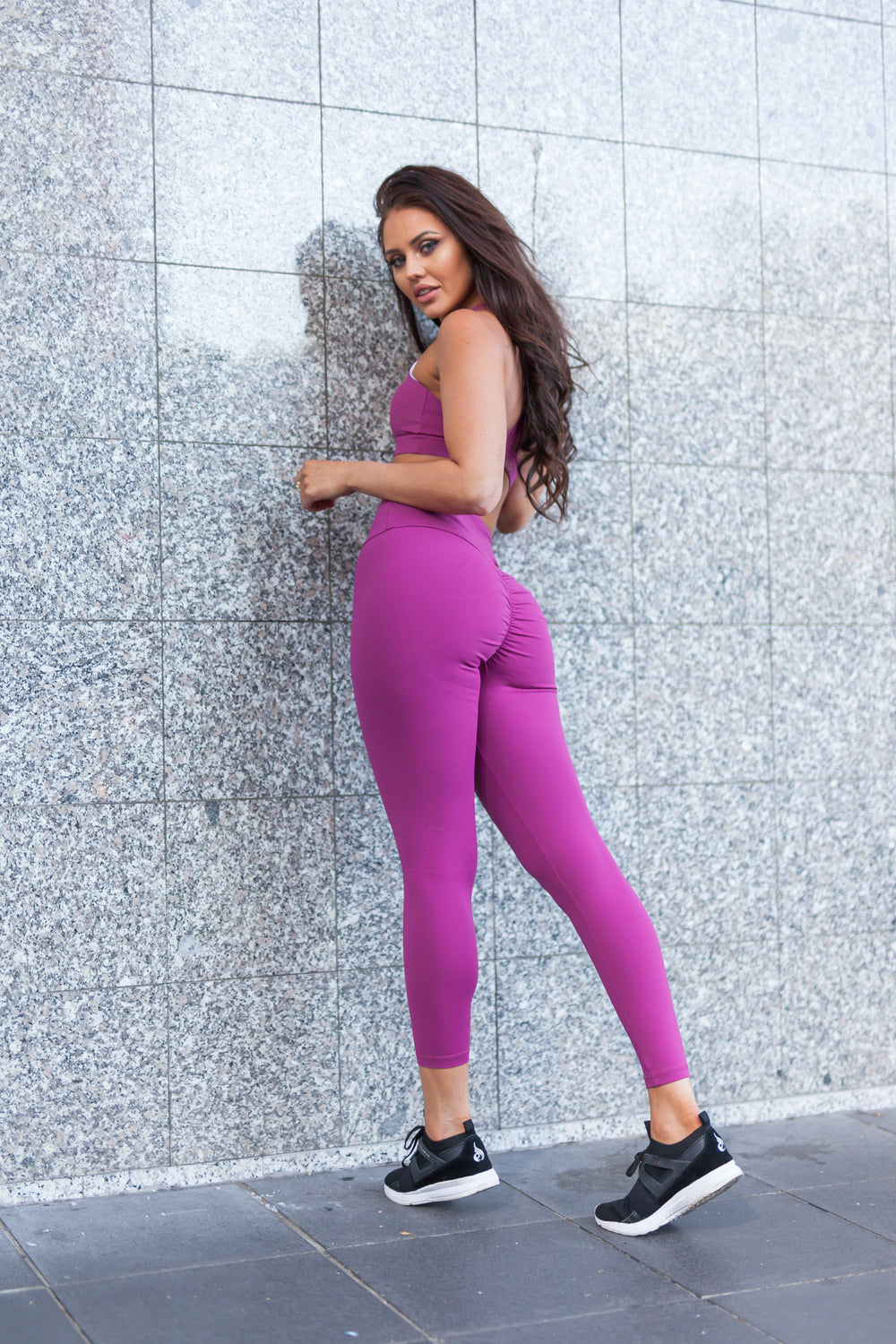 Physio.Fit.Co Plum Extra Scrunch Bum Leggings & Luxe Crop Top