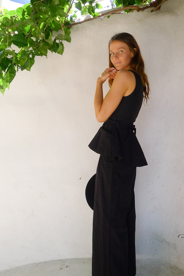 House of Camie - Got Ya Black Linen Vest / Top