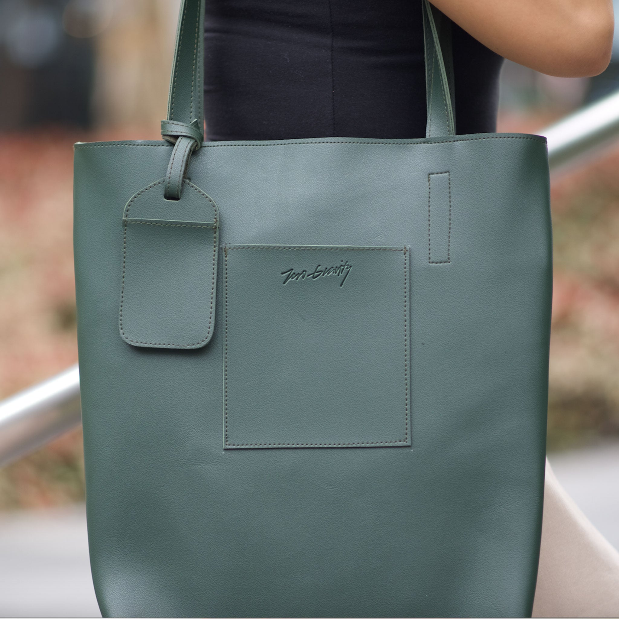 Olive Easy Tote