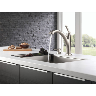 Delta Kine Spotshield Stainless Steel Finish Single Handle Pull-Out Kitchen Faucet with Soap Dispenser D16967SPSDDST