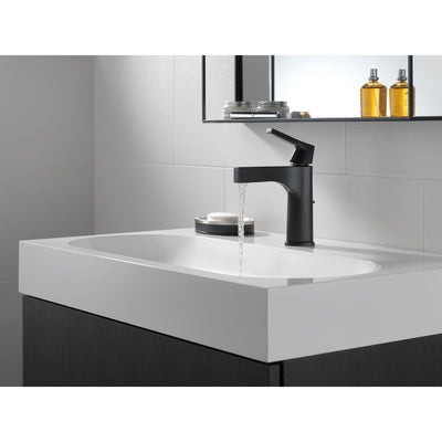 Delta Zura Matte Black Finish Single Handle Bathroom Sink Faucet with Matching Drain D574BLMPUDST