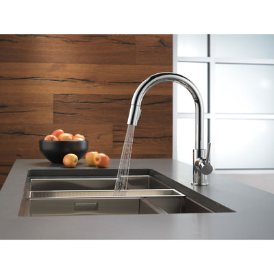 Delta Trinsic Chrome Finish Single Handle Pull-Down Kitchen Limited Swivel D9159LSDST