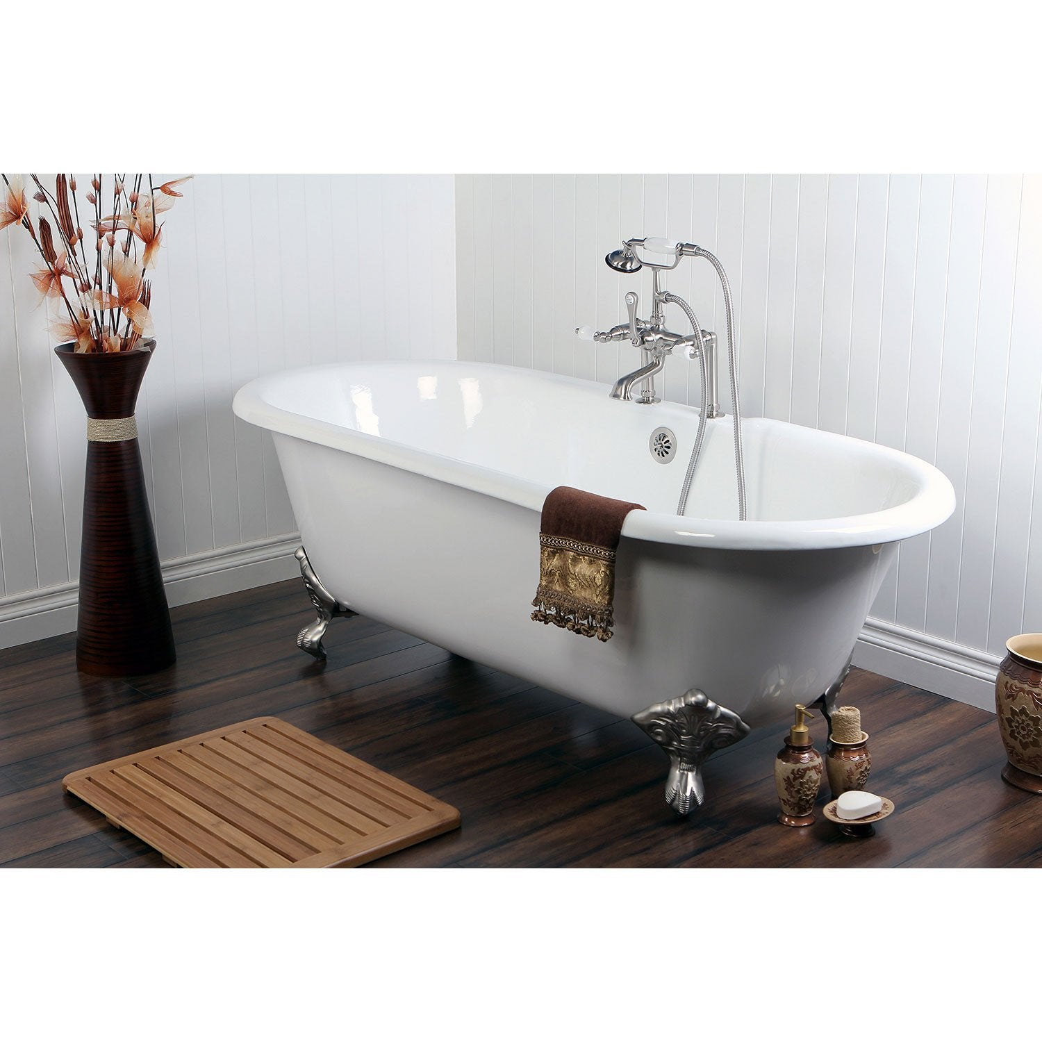 66 Cast Iron Claw Foot Tub W Satin Nickel Tub Faucet Hardware