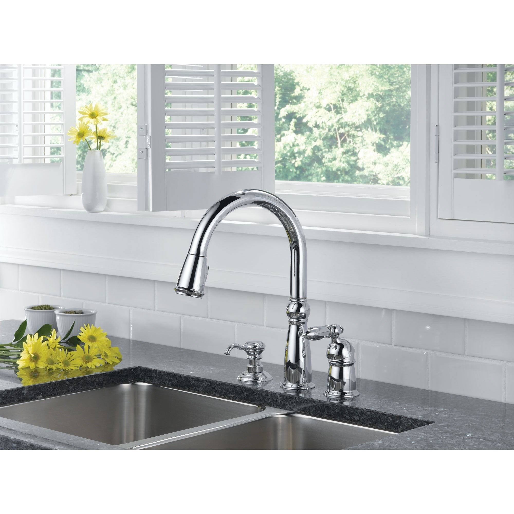 delta victorian collection chrome finish single handle pull out