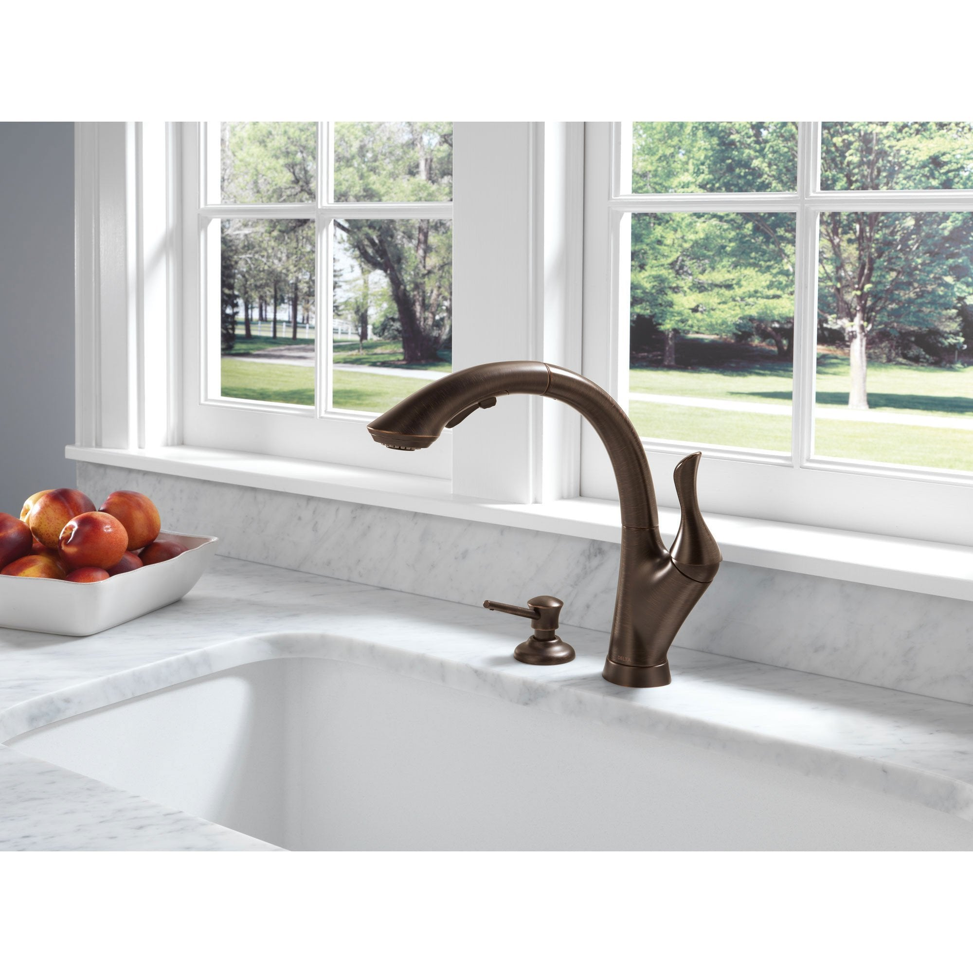 Delta Linden Collection Venetian Bronze Finish Single Handle Water  Efficient Pull Out Kitchen Sink Faucet and Soap Dispenser Package D061CR