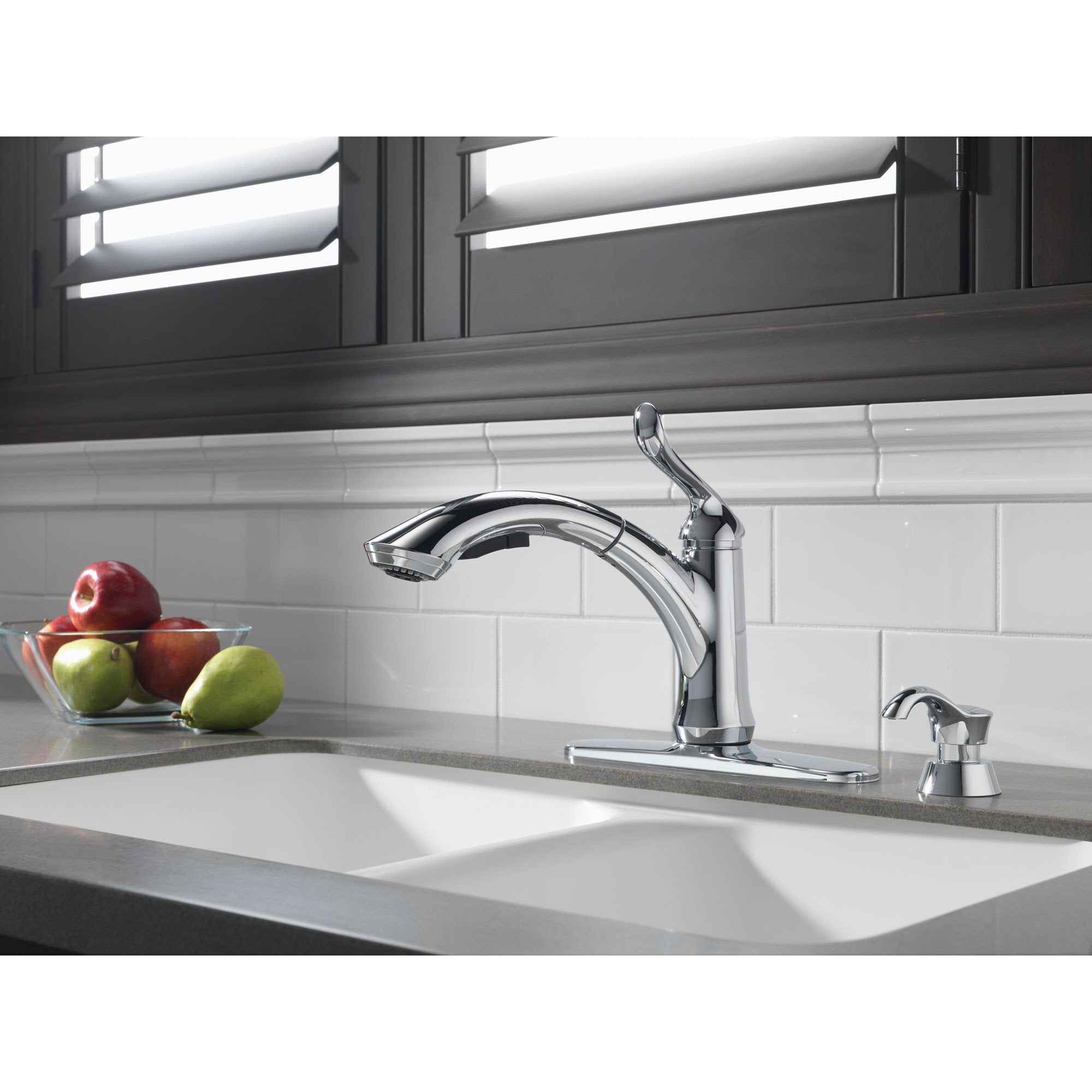 Delta Chrome Finish Linden Collection Single Handle Water Efficient  Pull-Out Kitchen Faucet and Deck Mount Soap Dispenser Package D064CR
