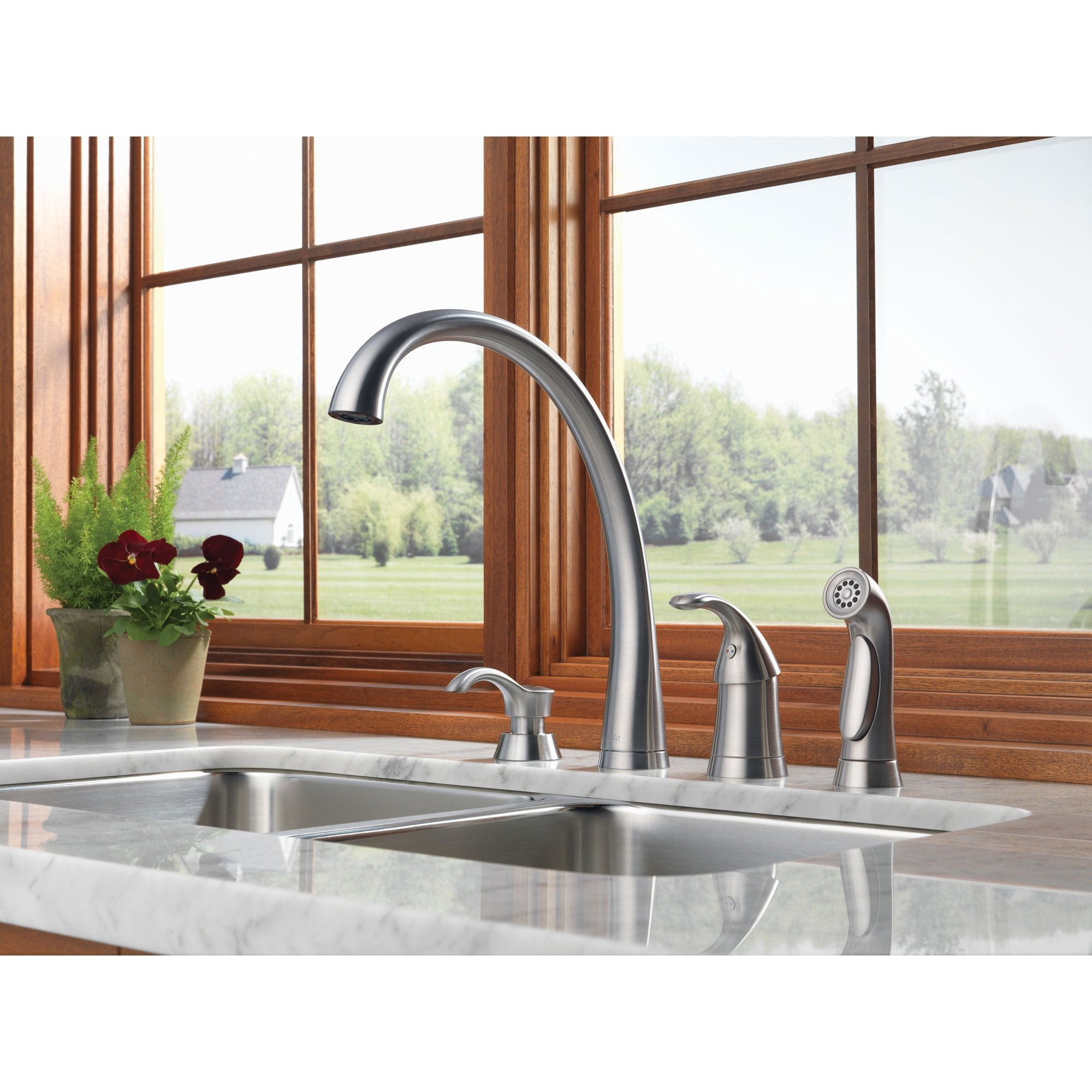 Delta Arctic Stainless Finish Modern Pilar Single Handle Kitchen Sink Faucet with Side Spray and Deck Mount Soap Dispenser Package D066CR